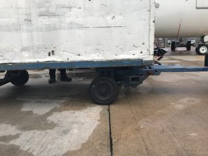 The missing brake block on this trailer means the equipment cannot be properly secured and could move.